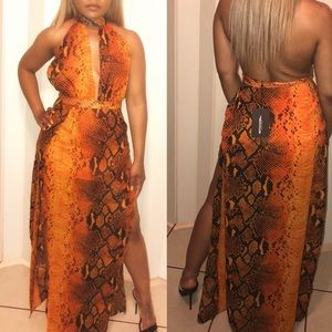 ae7222b0db9dfd PrettyLittleThing Dresses - Orange snake print Maxi dress